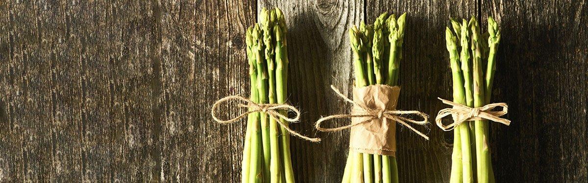 Asparagi e verdure primaverili